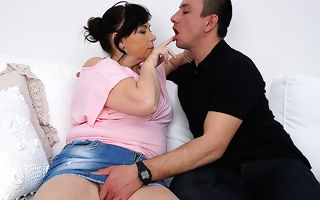 Curvy housewife sucking and fucking her lover