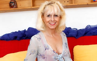 Mature housewife video