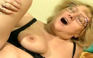 Fat granny gets her furry pussy demolished in hardcore XXX