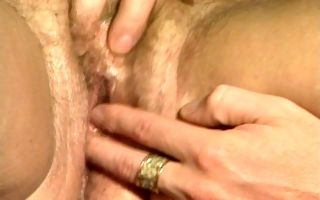 Flaming mature feels young meat ravishing her pussy