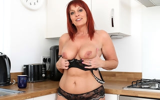 British Milf Beau video