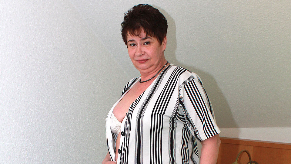 naughty - Naughty German housewife playing with her pussy